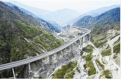 雅西高速初定4月25日通车 收费拟为0.5元/公里