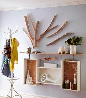 再搭配同样的木质家具,这样的空间可谓个性十足. 木纹拼接墙