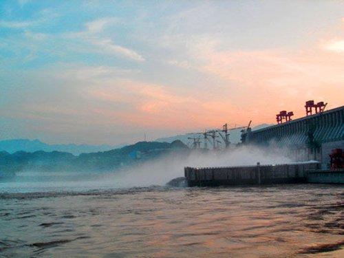 5. 长江和三峡大坝高清图片