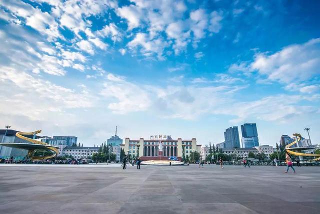 明朗节小长假将至 泸州人假期出行资讯提前掌握