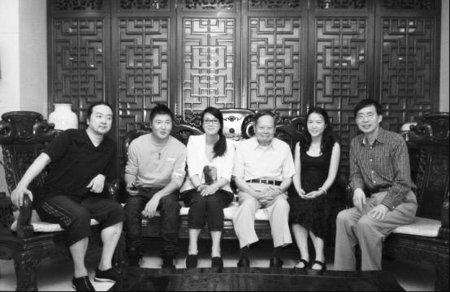 广州亚运会会歌《重逢》词作者系成都人