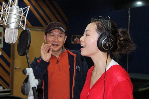 张靓颖与刘德华共唱世博主题歌 与谭盾再度合作