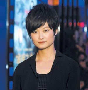 李宇春有望接棒快男评委 老面孔被质疑年龄偏大