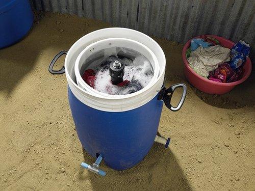 你没见过的两款环保洗衣机:节水省电还能锻炼