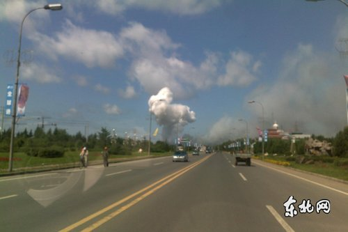 黑龙江乌马河烟花厂爆炸事故已救出伤员10余人 图