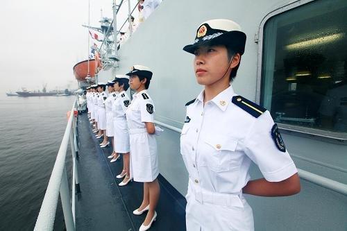军舰上的女帝txt