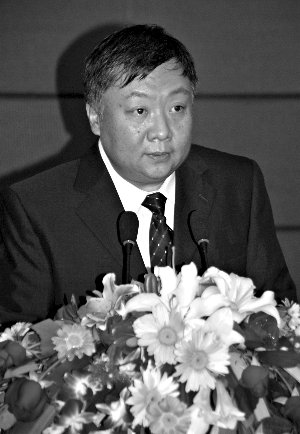 山东日照钢铁集团董事长杜双华高清图片