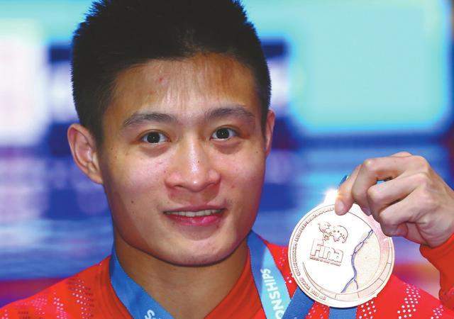 泸州小伙杨健布达佩斯世锦赛10米台摘铜(图)