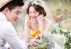 怀念纯净蓝天 新娘雾霾下这样拍婚照