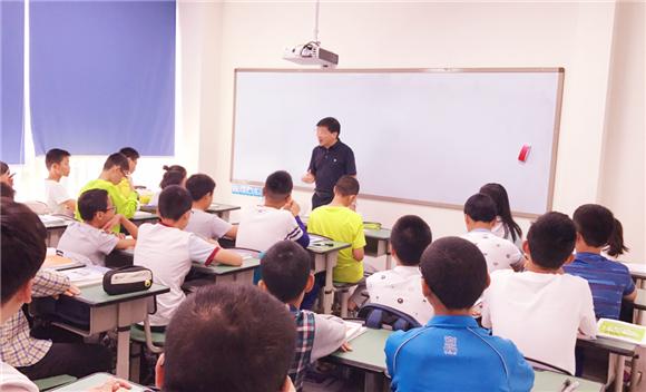 数学大师黄东坡亲临极客数学帮