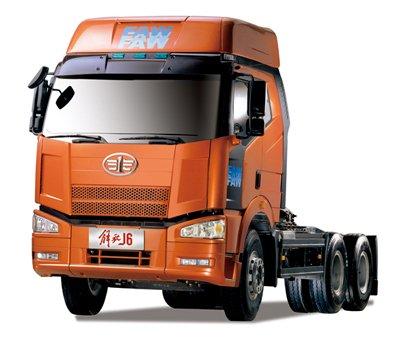 一汽森华4s店购买了一台一汽解放j6平头柴油半挂牵引汽车,不高清图片