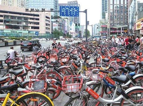 成都共享单车达138万辆 部分路段超量投放严重