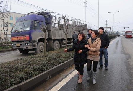 崇州货车司机制止偷油贼 欲挡住小偷被撞死