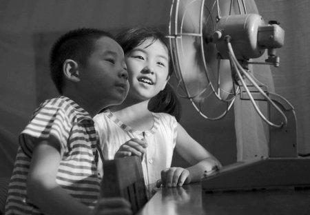 《唐山大地震》28场哭戏4大泪点 王菲献唱很空灵