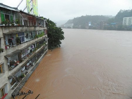 巴中遭160年一遇特大洪水侵袭 已致9人死亡