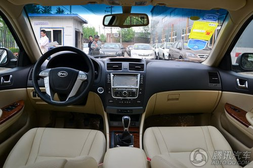 2013款比亚迪g6车型高清图片