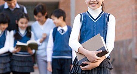 学校负责人需与学生同用餐 新规4月1日起施行