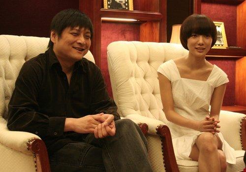 王珞丹成都对话观众 影迷包场看《无人驾驶》