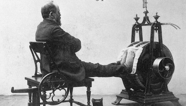 百年前健身旧照曝光