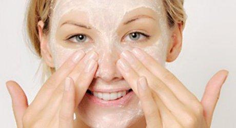 解读5个洗脸时常犯错误 看看你有没有中招