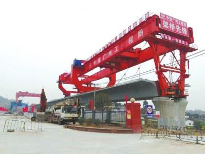 川南城际铁路预计2020年通车 部分工人选择坚守工地