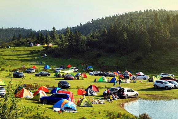 暑假去武隆仙女山 在18℃清凉中听明星飙歌