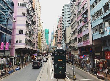 """""""中秋节成都人可以坐动车去香港了"""