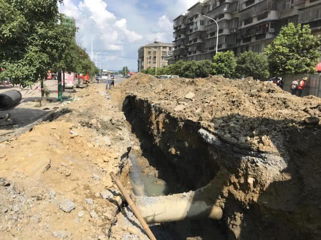 广汉下水管道施工酿悲剧 1人被淹2人去救结果2死1伤