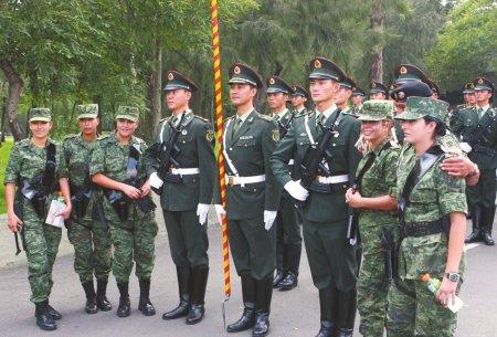 中国人民解放军仪仗队参加墨西哥独立日阅兵彩