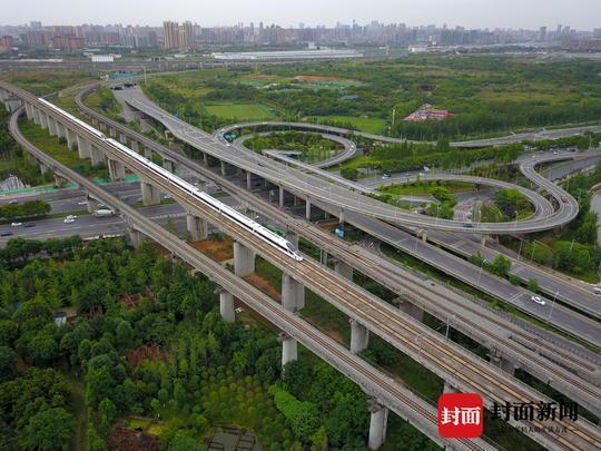 四川最快铁路:成南达高铁项目启动 时速350公里