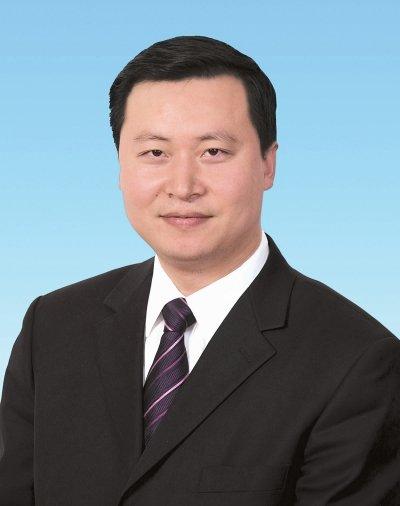 """""""70后""""张彤提名为乐山人民政府市长人选"""