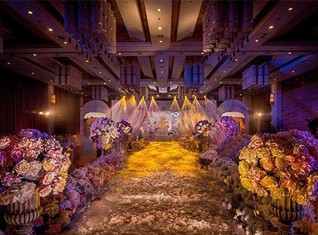 打造一场复古梦幻花海婚礼 看看别人怎么做的