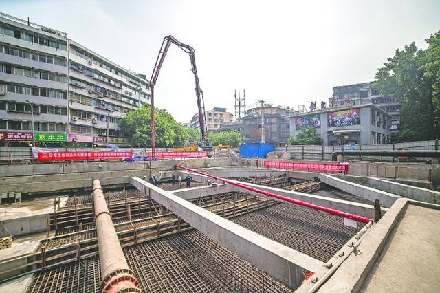 成都地铁7号线21个车站已封顶 预计2017年建成(图)