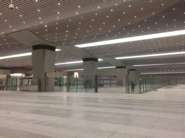 成都地铁1号线三期工程车站移交运营 有望3月底前开通