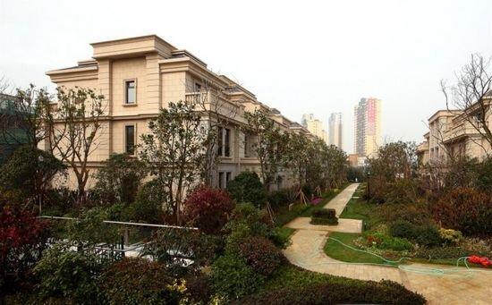 宅间园林景观别墅实景鹤壁市淇水春天照片图片