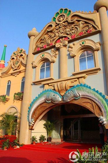 欧式城堡游乐园大门