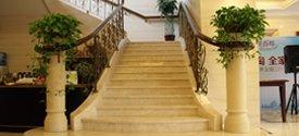 九洲花园缇香郡售楼处楼梯