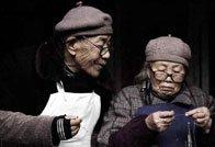 中国人口老龄化成为日益严重的社会问题