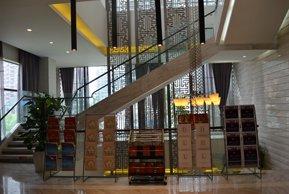 星河国际售楼处二楼放置楼书处