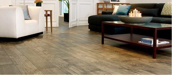 装修选木地板还是瓷砖