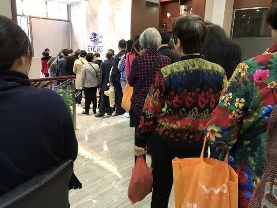 玫瑰园花溪谷双11农淘节火热开场 浓浓土味儿引市民逛展