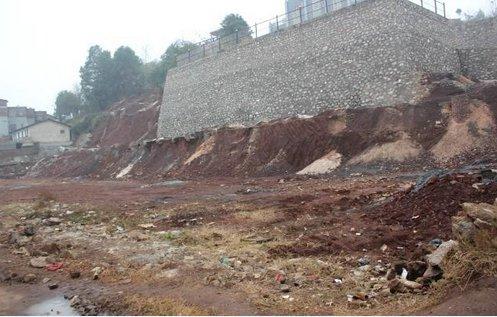 郴州:交钱买房3年 项目没开工收钱的老板跑了