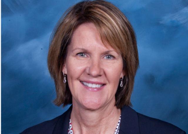 创史!步行者将聘请NBA史上首位女性副总经理
