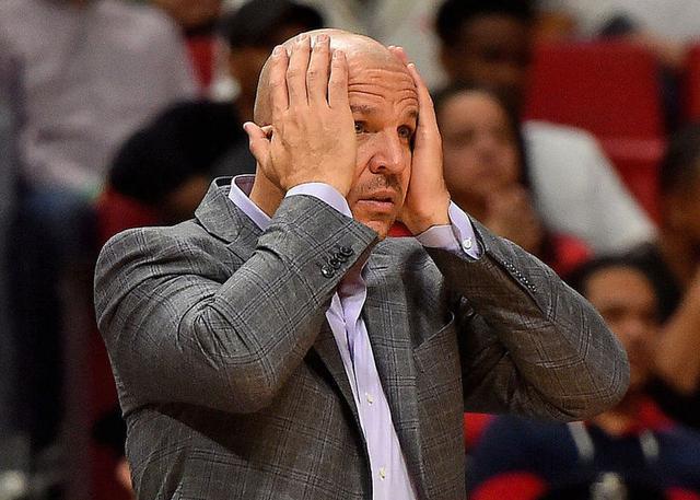 雄鹿队早在去年休赛期就曾考虑更换主教练