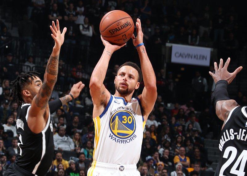 五佳球:Curry三分創紀錄,威少助飛Noel(影)
