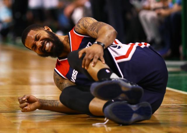 脚踝扭伤马基夫称继续打 沃尔:他对我们很重要