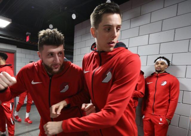 利拉德:球队会因努尔基奇&柯林斯回归不同