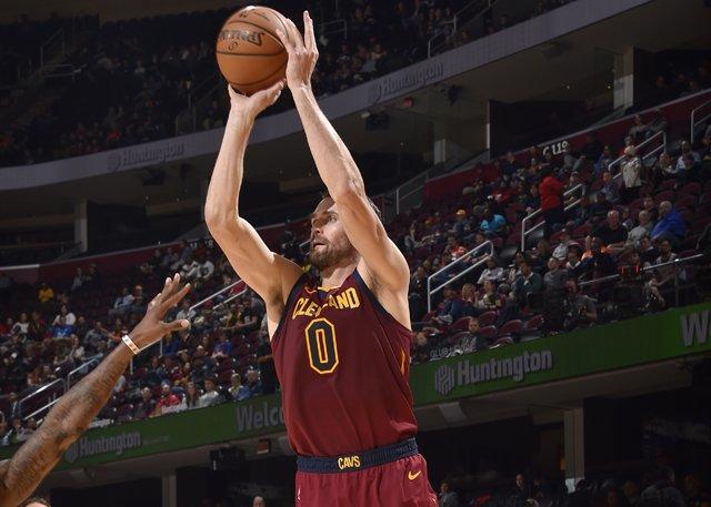 Butler14+6,Adebayo 16+15,愛神21分,熱火滅騎士拿到兩連勝(影)-黑特籃球-NBA新聞影音圖片分享社區