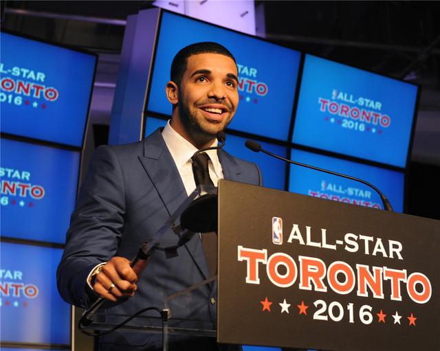 吴亦凡出战2016多伦多NBA全明星名人赛