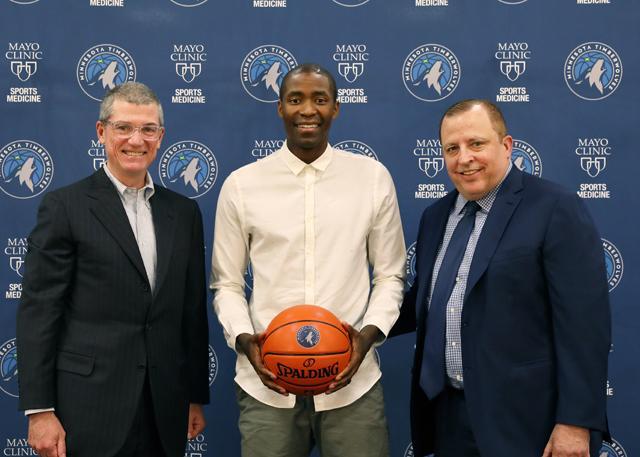 正式加盟森林狼 克六:我爱篮球胜过一切